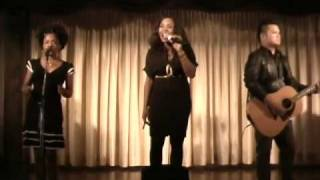 Divine Brown - Lay It OnThe Line (Rare Acoustic Live)