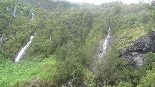 preview picture of video 'Ile de la Réunion - Les cascades du cirque de Salazie -'