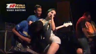 Sintya Riske Vs Erin Ruslia Jaran Goyang New Omega Live Tabelan
