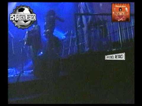 La Mona Jimenez en Orfeo 2002 QUE GRANDE TE QUEDA