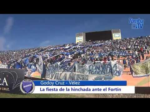 """""""Hinchada vs. Vélez"""" Barra: La Banda del Expreso • Club: Godoy Cruz"""
