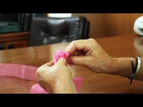 Come confezionare una rosa con un nastro in organza