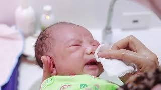 Cận cảnh phòng tắm bé sơ sinh - khoa Phụ sản Bệnh viện đa khoa Hùng Vương