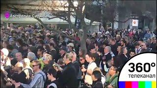 В Сиднее около 450 гитаристов одновременно исполнили песню AC/DC - МТ