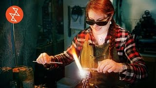 This Artisan Makes Beautiful Pens out of Glass | Où se trouve: GypsyRoad Glass, Silver & Stone