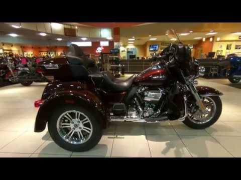 2019 Harley-Davidson Tri Glide Ultra Classic FLHTCUTG