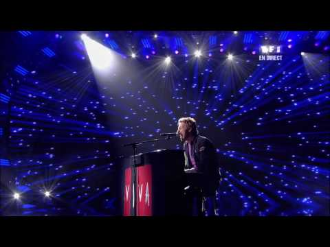 Coldplay (Chris Martin) - Life in Technicolor II live NRJ Awards (HD)