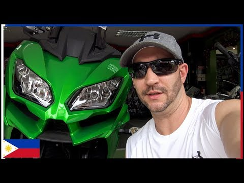 Caloocan – Motorcycle shopping in the Philippines
