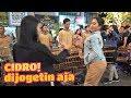 Download Lagu CIDRO - Penonton Gak Tahan Akhirnya Ikutan Goyang - ANGKLUNG CAREHAL JOGJA Angklung Malioboro Mp3 Free