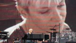 Annie Lennox Lost 2007