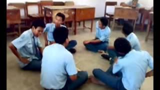 Belajar Tari Kecak XI TEI 2 SMKN 2 BOJONEGORO