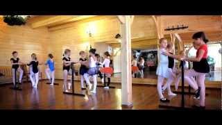 preview picture of video 'Obóz Baletowy Poronin 2012 Turnus II Edukacja Artystyczna Dzieci'