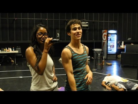 Keke Palmer and Max Schneider 'Rags' Kids' Choice Awards Rehearsal Performance