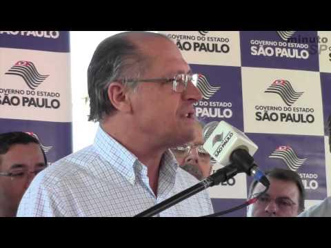 Alckmin entrega obras de melhoria na SP-315, em Ubirajara