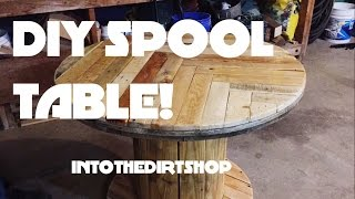DIY Pallet Spool Cafe Table!