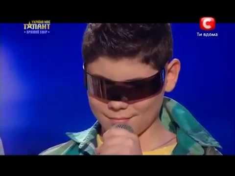 Cậu bé Khiến Thị chơi DJ phần 2