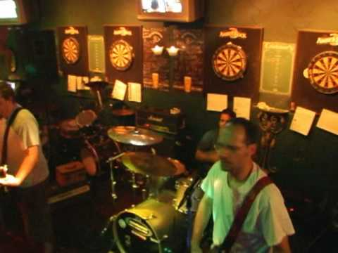 The Shakers - Bombs and Beers