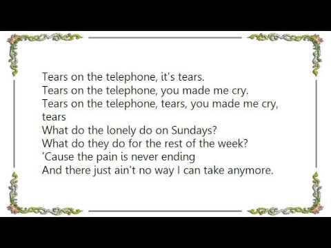 Hot Chocolate - Tears on the Telephone Lyrics