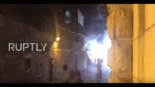 East Jerusalem: Clashes erupt between Israeli police and worshippers at night-time prayer