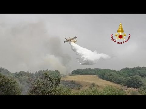 Σαρδηνία: Μάχη με τις φλόγες – Ελλάδα και Γαλλία έστειλαν από δύο καναντέρ η κάθε μία  …
