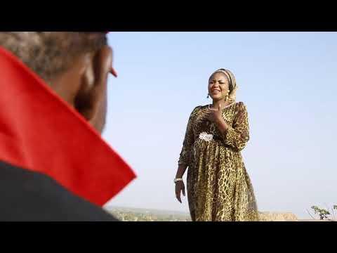 Download Wakar Karshen Tika Tiki By Kumurci HD Mp4 3GP Video and MP3