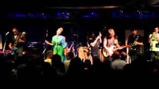 Back To Love - The Brand New Heavies (Jazz Cafe, London 16-12-14)