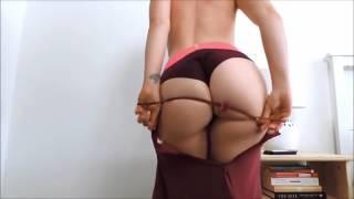 Sexy Red Dressed Twerking  (Seksi Kiz Soyunuyor !Twerk!) 18+