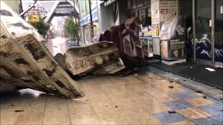 大阪新世界台風直撃情報!通天閣のある串かつの街が大荒れ