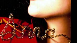 """Blackout"" - Anna Calvi (live)"