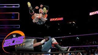 Akira Tozawa vs. Drew Gulak - Street Fight: WWE 205 Live, Nov. 21, 2017