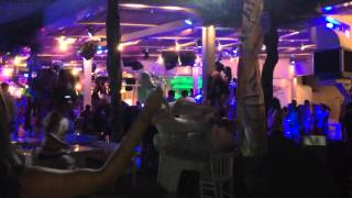 Mykonos: Club Tropicana on Paradise Beach