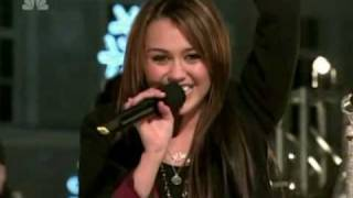 "Miley Cyrus - ""Rockin' Around The Christmas Tree"" High Quality"