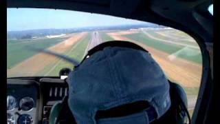 preview picture of video 'Atterrissage TB9 Tarbes Ossun Lourdes - Landing TB9 SOCATA'