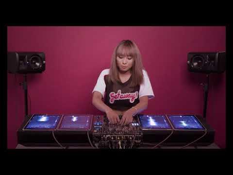 DJ TyTy Mashup on 4 iPads 4k