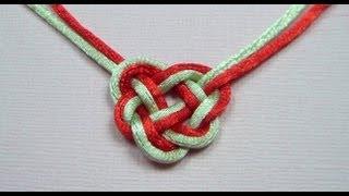 Смотреть онлайн Как самостоятельна завязать узел в виде сердца