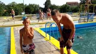 Skakanje u bazen Ada Breza  / Jumping into the pool Ada Breza Challenge Best Fails | Kholo.pk