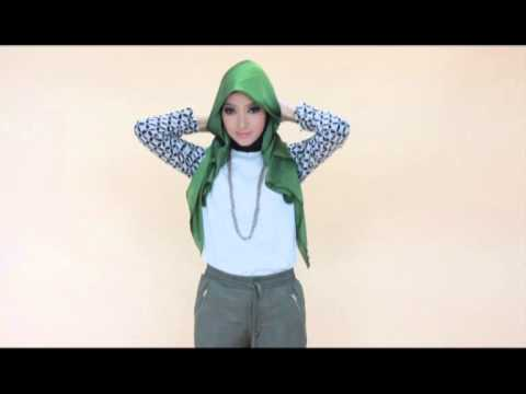 Video Tutorial Hijab Satin Side Layer