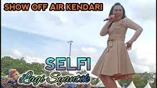 """Nyanyi """"Lagi Syantik"""" SELFI Mengajak Semuanya Untuk Bergoyang (Off Air Kendari) HD"""
