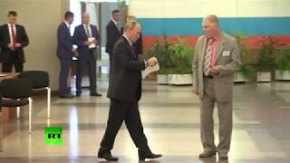 Путин, Медведев и Собянин проголосовали на муниципальных выборах в Москве