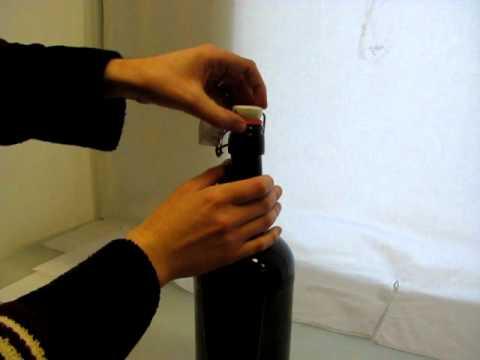 Jak nasadit pákový uzávěr na 2L pivní láhev