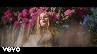 Vera Blue   All The Pretty Girls (Official Video)