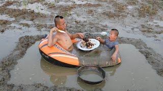 Thịt Lợn Tắm Bùn - Chiếc Bể Bơi Du Thuyền Chất Nhất Vịnh Bắc Bộ