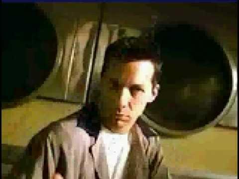 Doritos Commercial for Doritos 3D (1998) (Television Commercial)