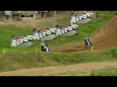 Romain Febvre passes Jeremy Seewer - MXGP Race 2 - MXGP of Latvia 2019