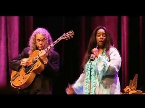 Tuck and Patti - One For All (Live in Holland)