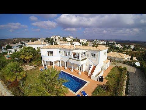 Superbe Villa De 4 Chambres Avec Vue Sur Le Terrain De Golf Et L'océan Au Loin