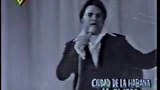 Alfredo Sadel canta Granada en Vivo