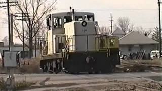 preview picture of video 'Lapeer Industrial RR - 1999'