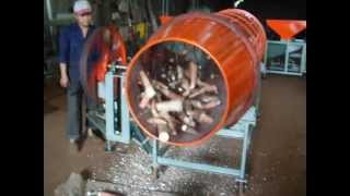 PEDAL POWERED CASSAVA PEELING MACHINE © AN NI LE, July 2012