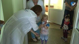 Компания «Мед-фуд» поздравила маленьких пациентов с Днем защиты детей